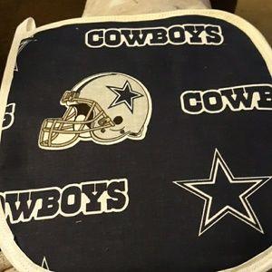 Cowboys pot holder set